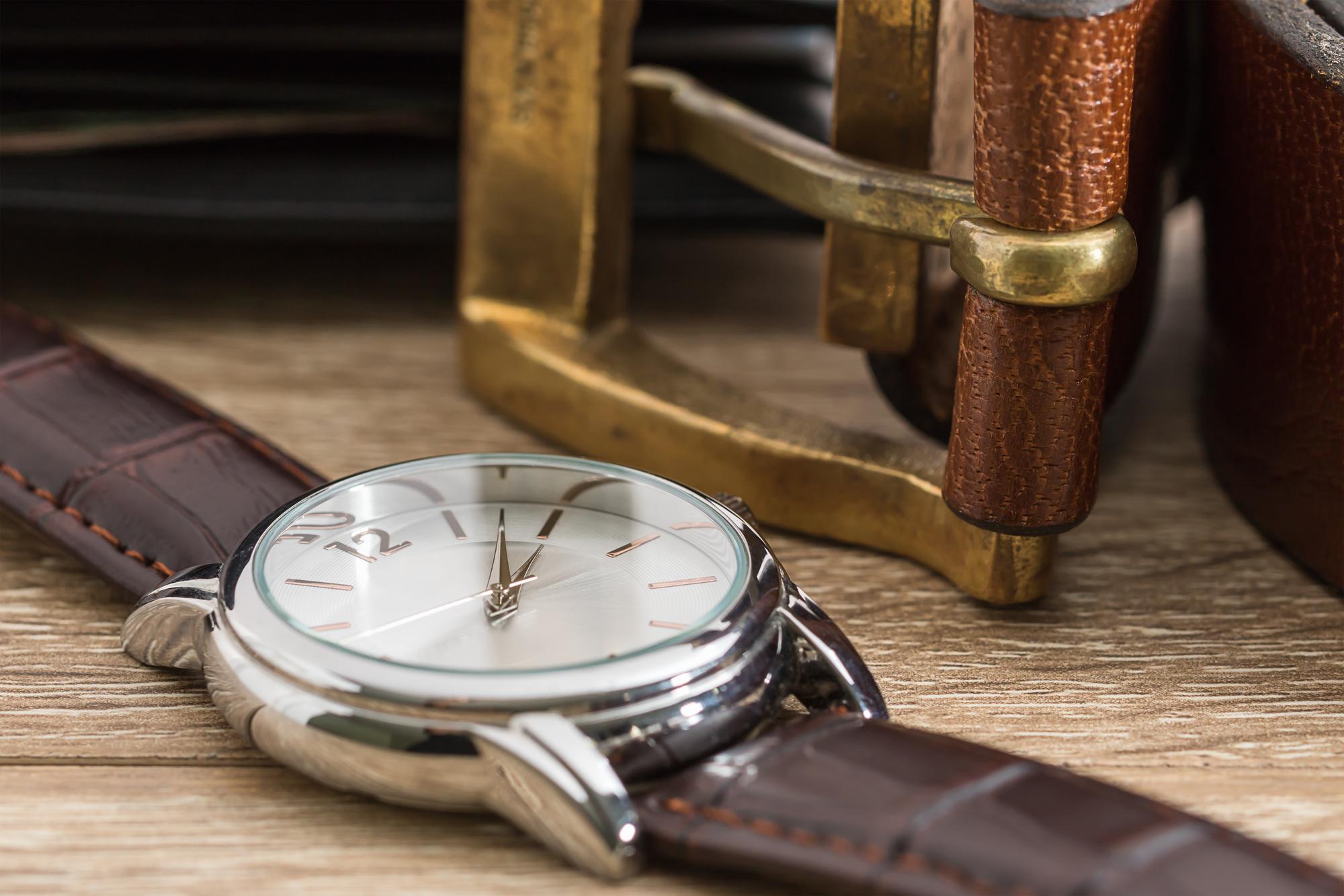 腕時計 ベルト 調整