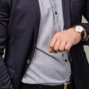 ダイソーベルトの腕時計本体や交換用のベルト 調整用の工のキット解説