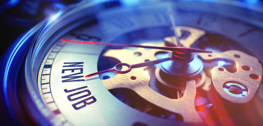 クォーツ腕時計の高級モデルの紹介とクォーツ式腕時計の特徴の解説