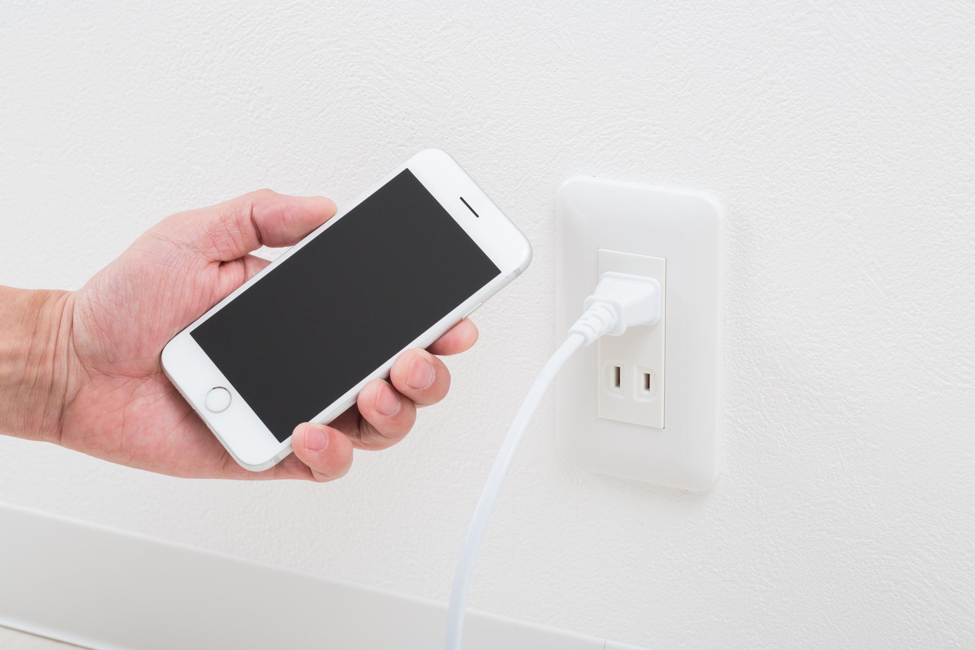 急速充電とはなにかとスマホ用急速充電ケーブルのおすすめを解説