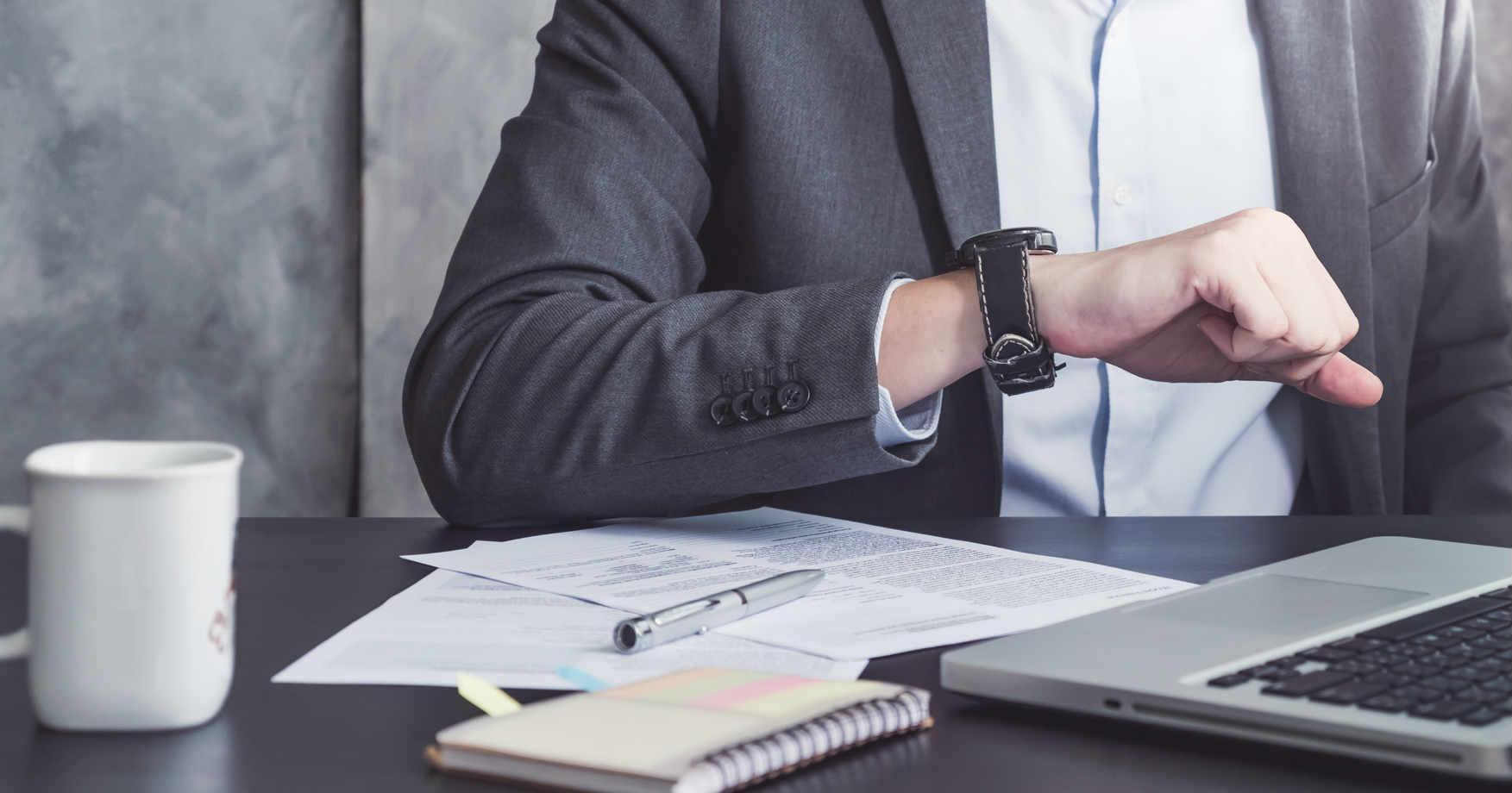 40代で一生モノの腕時計を選ぶポイントとおすすめ品を男女別に解説