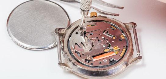 腕時計の電池交換の方法 裏蓋の主な3種類とそれぞれの交換方法
