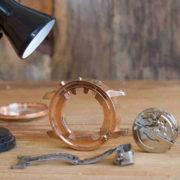 腕時計を電池交換したのに動かない場合の原因と対処方法を解説