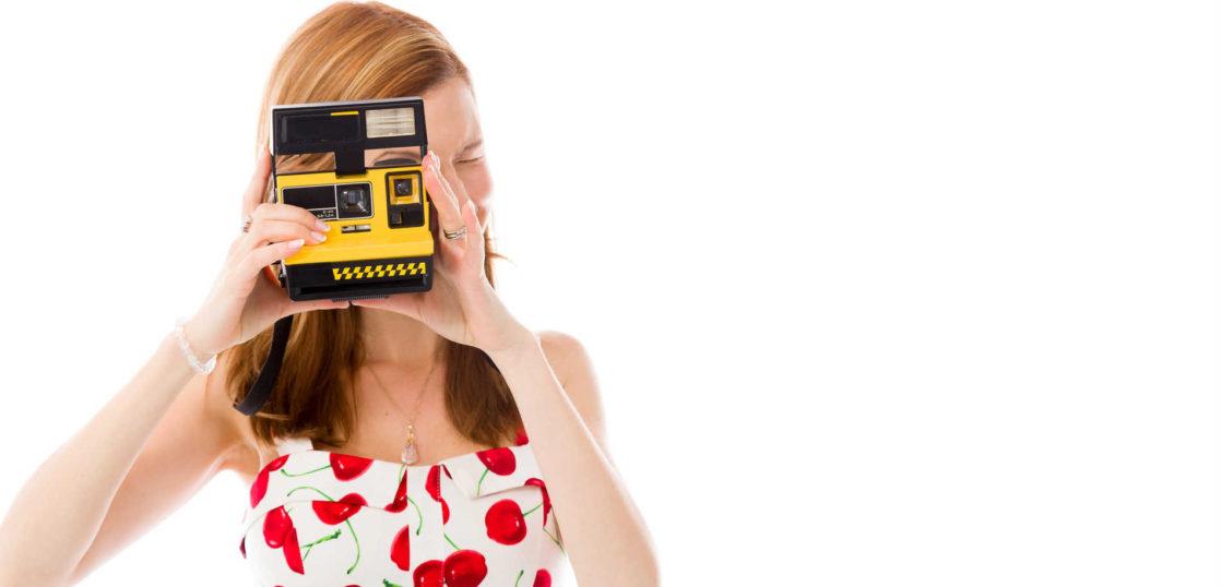 ポラロイドカメラってなに?魅力と種類 機能の豊富な最新モデル