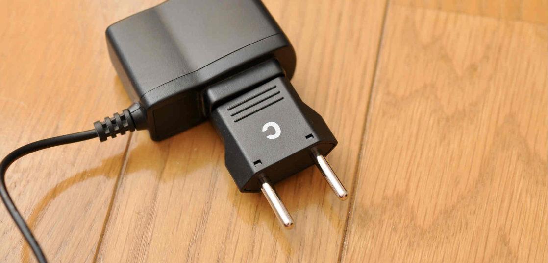 変圧器を海外に持っていく必要はあるの?おすすめの変圧器の解説