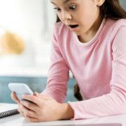 携帯料金の滞納時のリスク 回線停止した携帯電話を復活させる方法