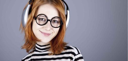 メガネをしていても痛くないヘッドホンの選び方 おすすめの品を解説