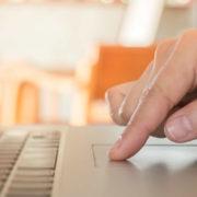 タッチパッド対応ノートパソコンを使うメリット 選び方とおススメ品