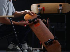 DOPPELGANGER(R) シンプルなデザインで上質感漂うスケートボード2種類を発売!①